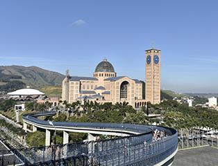 Santuário Nacional é a Catedral da Arquidiocese de Aparecida